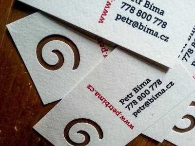 Tisk vizitek, kartiček, visaček a štítků